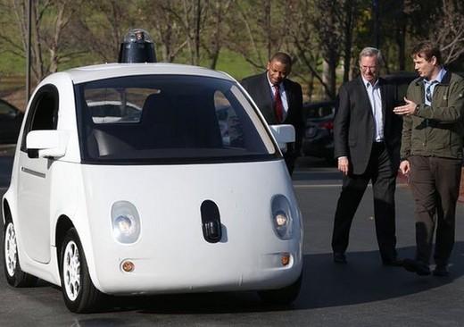 Google car: l'auto che si guida da sola cerca nuovi partner