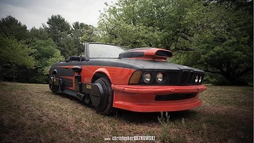 BMW Serie 6 di Ritorno al Futuro II in vendita all'asta