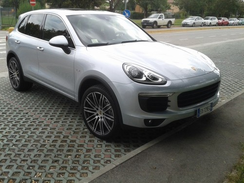 Porsche Cayenne S Diesel, prova su strada
