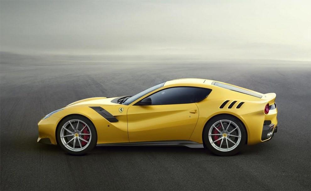 Ferrari F12 Tour de France alle finali del Mugello - Foto 3 di 8