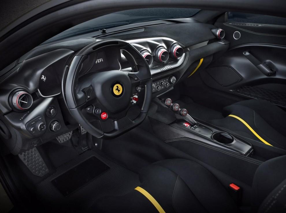 Ferrari F12 Tour de France alle finali del Mugello - Foto 6 di 8