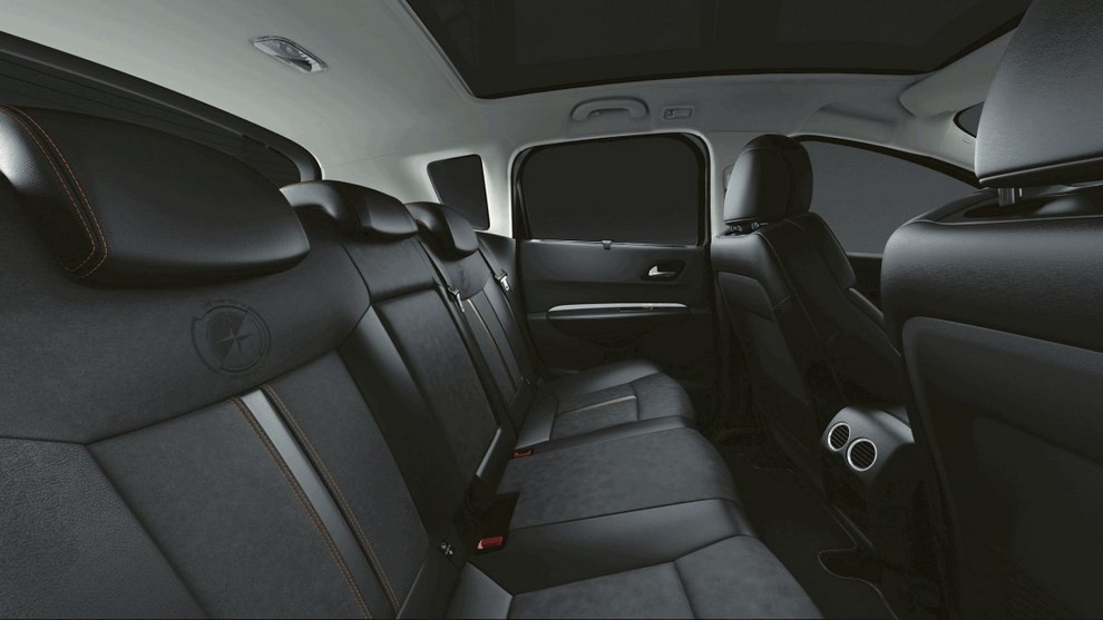 peugeot lancia le versioni crossway di 2008 e 3008 infomotori. Black Bedroom Furniture Sets. Home Design Ideas