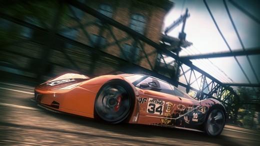 Recensione Razer Mamba, il miglior mouse per i racing game