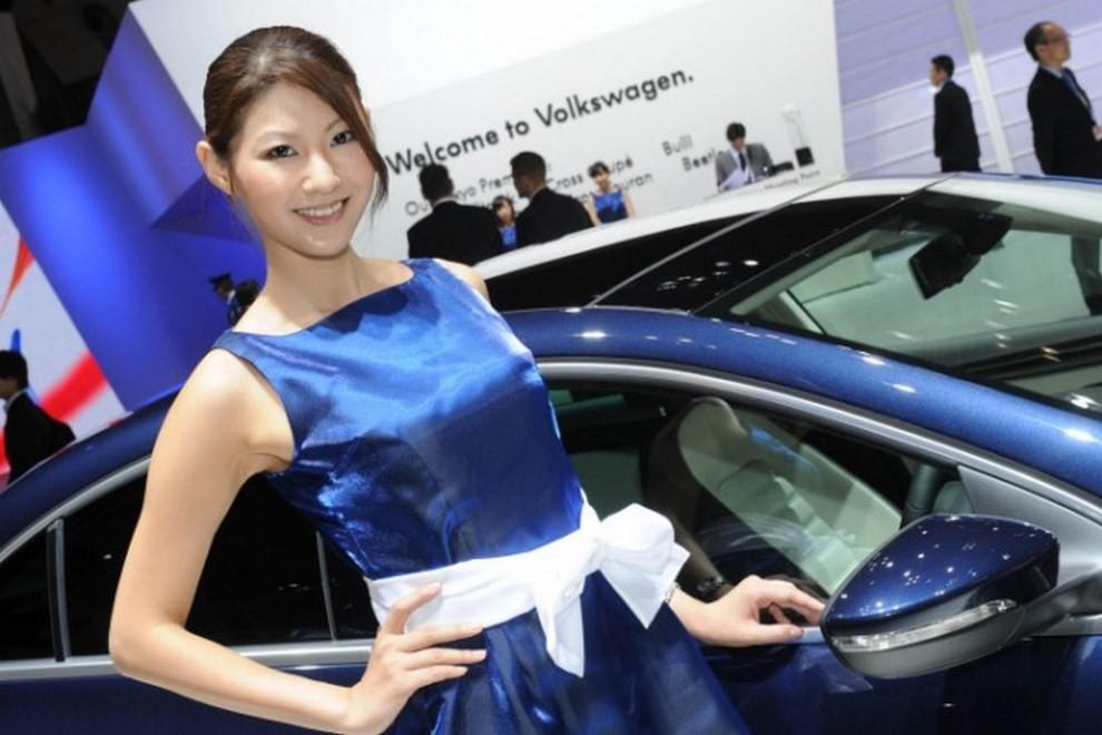 Tutte le più belle ragazze del Tokyo Motor Show 2015 - Foto 18 di 27