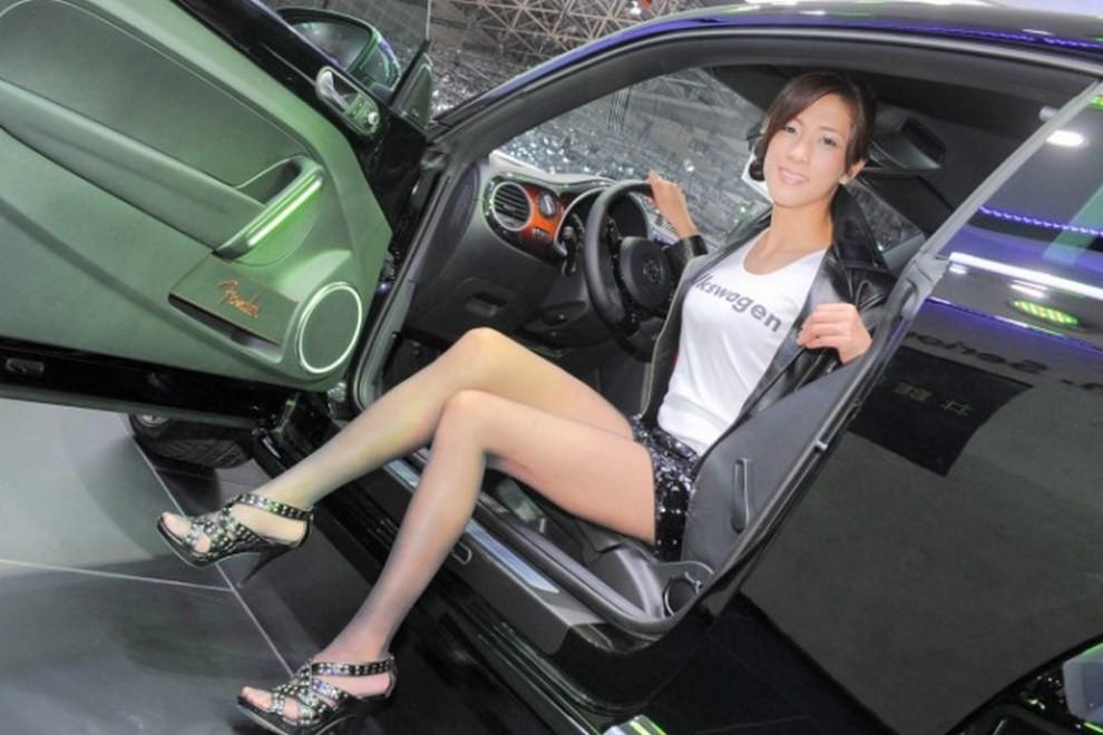 Tutte le più belle ragazze del Tokyo Motor Show 2015 - Foto 26 di 27