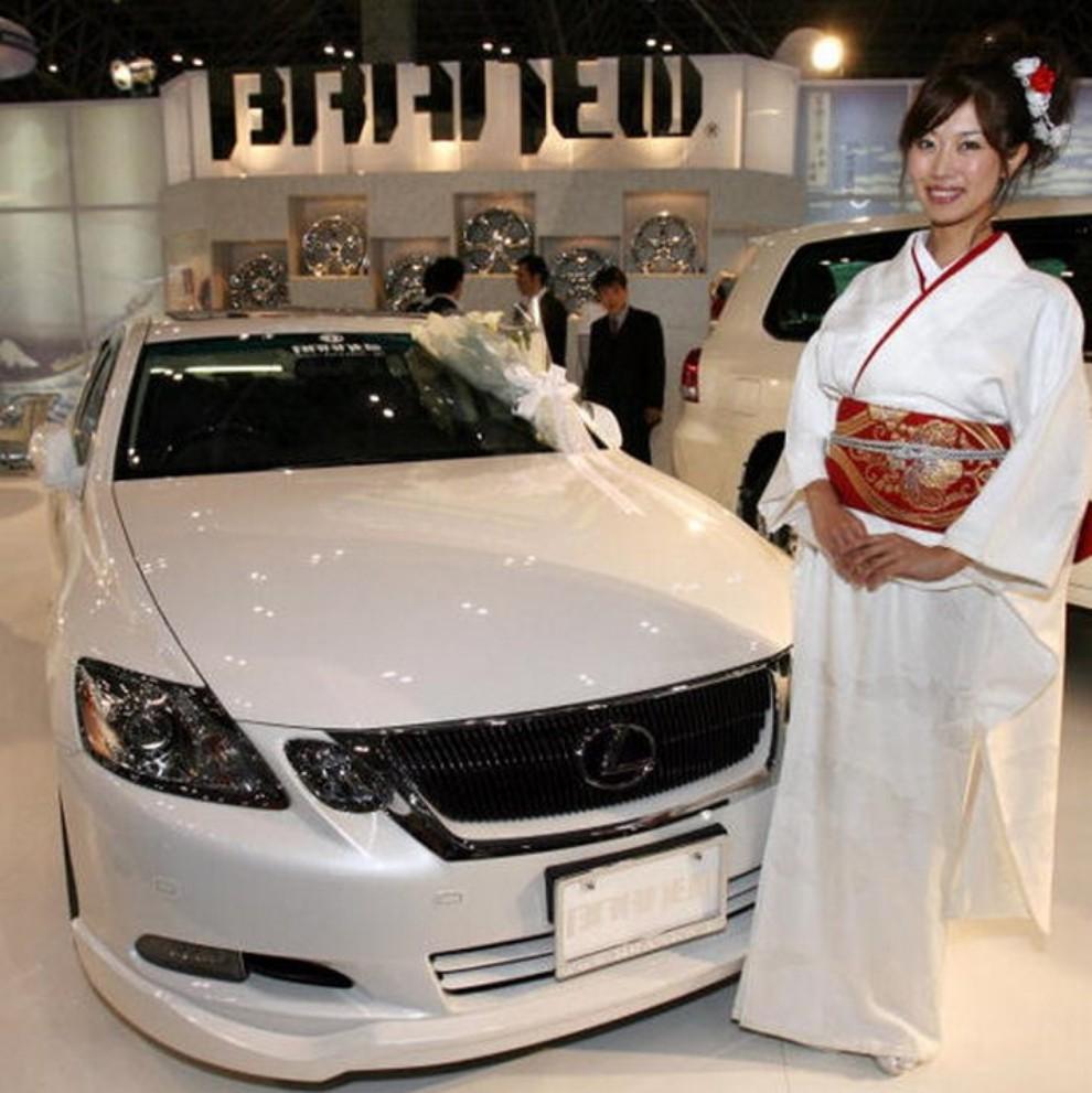 Tutte le più belle ragazze del Tokyo Motor Show 2015 - Foto 7 di 27