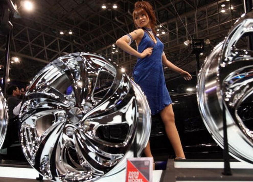Tutte le più belle ragazze del Tokyo Motor Show 2015 - Foto 11 di 27