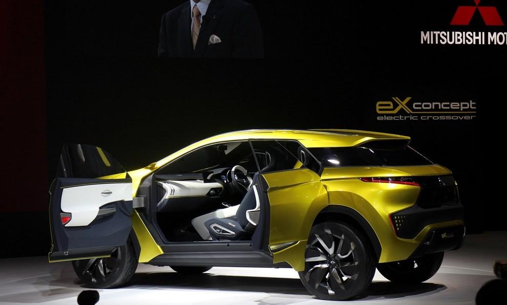 Mitsubishi eX Concept - Foto 10 di 12