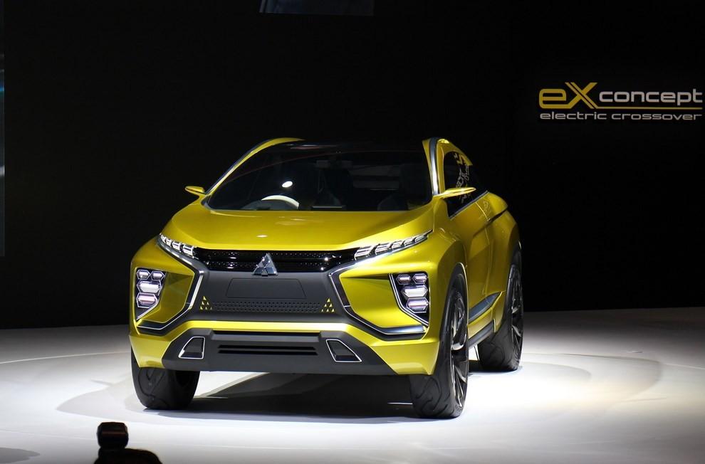 Mitsubishi eX Concept - Foto 8 di 12