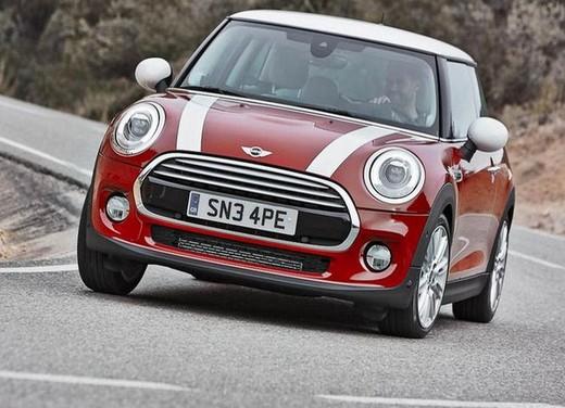 Mini 5 porte: motori, prezzi ed allestimenti