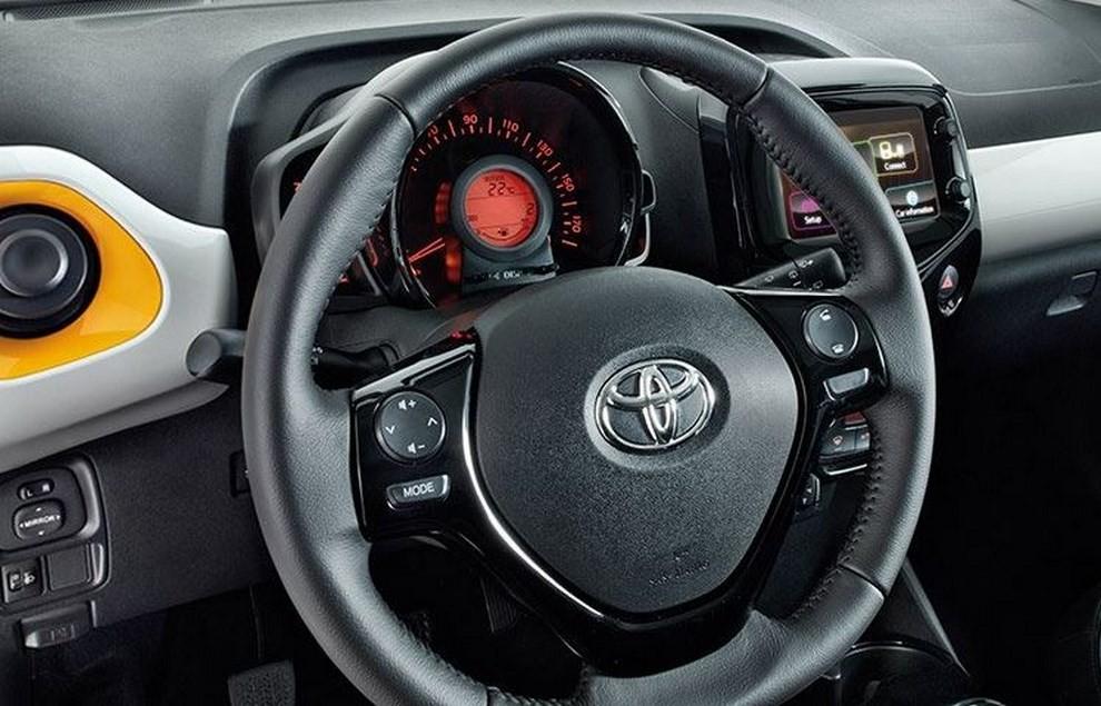 Toyota Aygo Amazon Edition - Foto 6 di 6