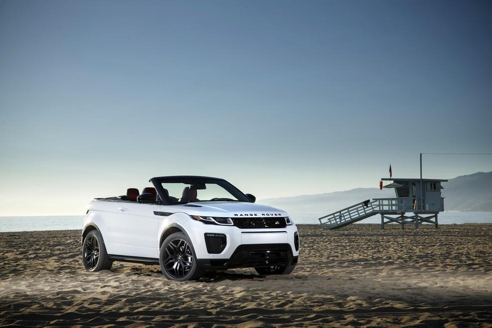 La sexy bond Girl presenta la nuova Range Rover Evoque Cabrio - Foto 6 di 39