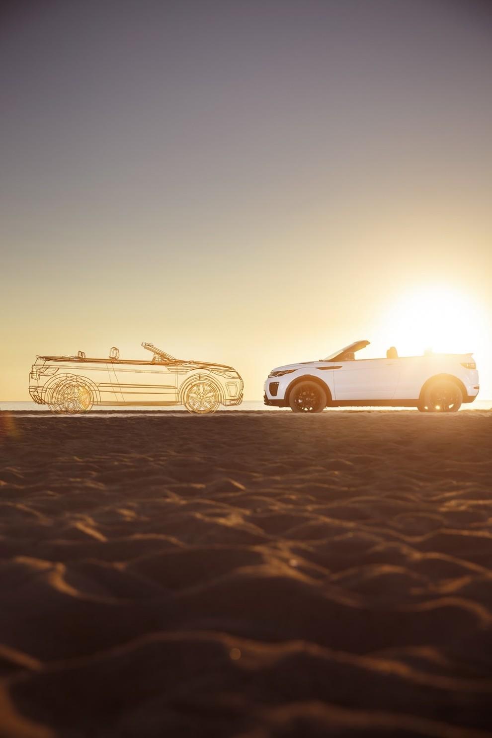 La sexy bond Girl presenta la nuova Range Rover Evoque Cabrio - Foto 38 di 39