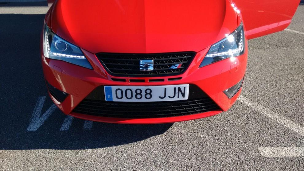 Nuova Seat Ibiza Cupra: prova su strada e dati tecnici - Foto 4 di 11