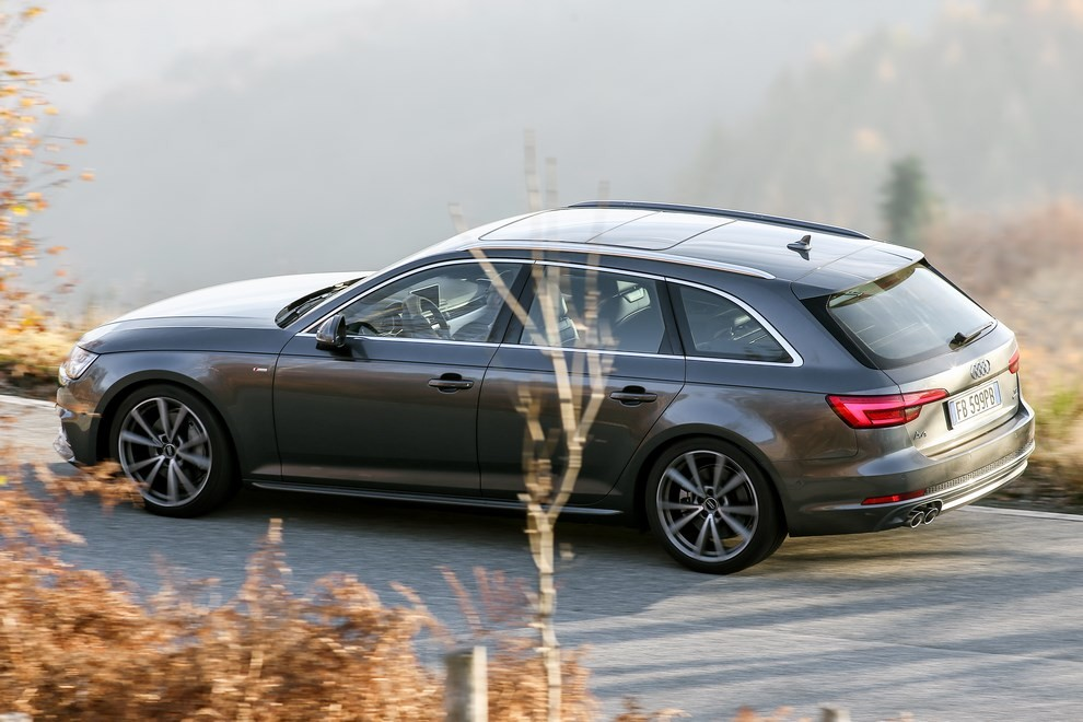 Audi A4 e A4 Avant 2016 prova su strada, prezzi e dotazioni di serie - Foto 16 di 58