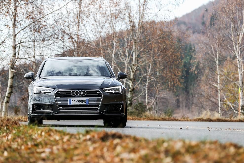Audi A4 e A4 Avant 2016 prova su strada, prezzi e dotazioni di serie - Foto 28 di 58