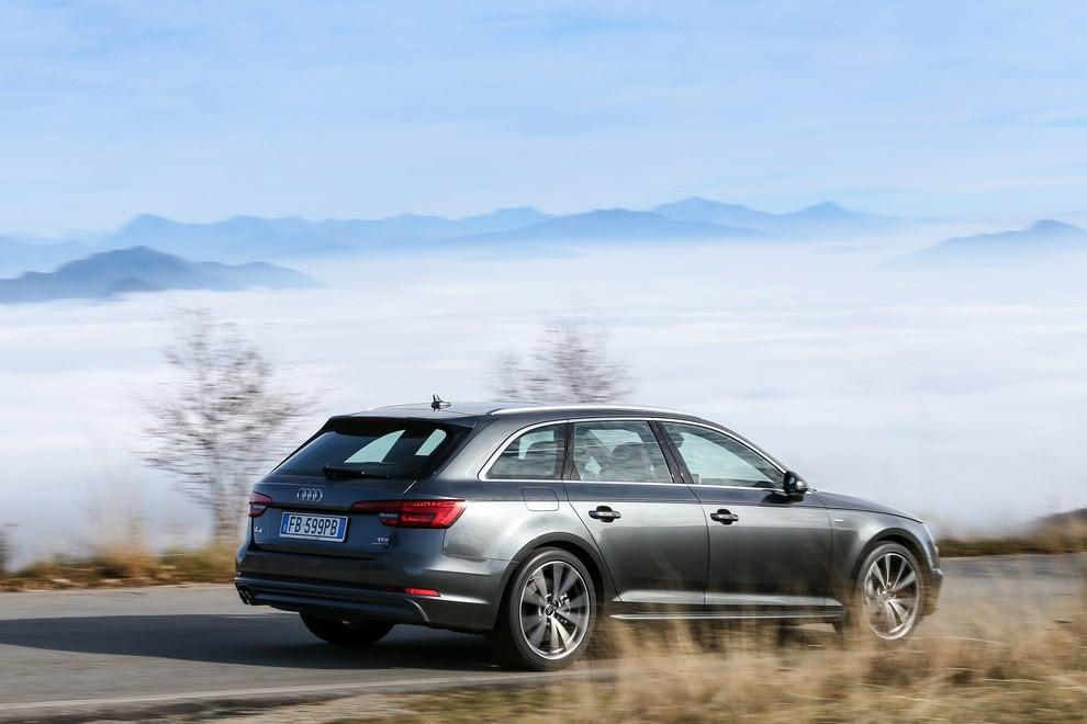 Audi A4 e A4 Avant 2016 prova su strada, prezzi e dotazioni di serie - Foto 30 di 58