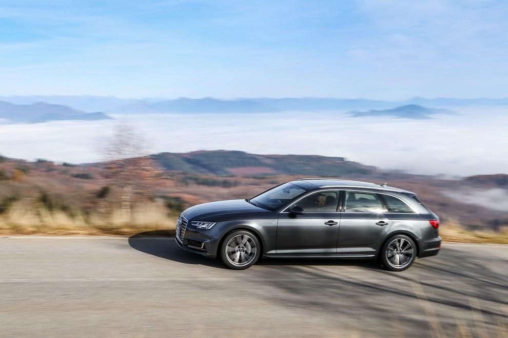 Audi A4 e A4 Avant 2016 prova su strada, prezzi e dotazioni di serie - Foto 33 di 58