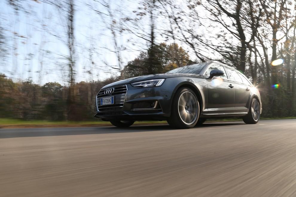 Audi A4 e A4 Avant 2016 prova su strada, prezzi e dotazioni di serie - Foto 42 di 58