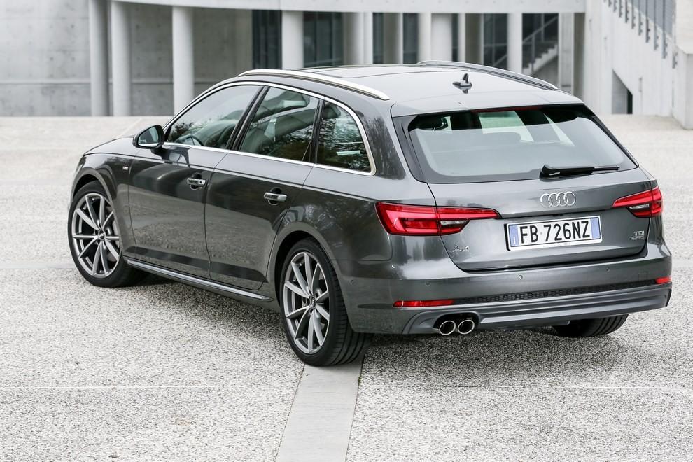 Audi A4 e A4 Avant 2016 prova su strada, prezzi e dotazioni di serie - Foto 56 di 58