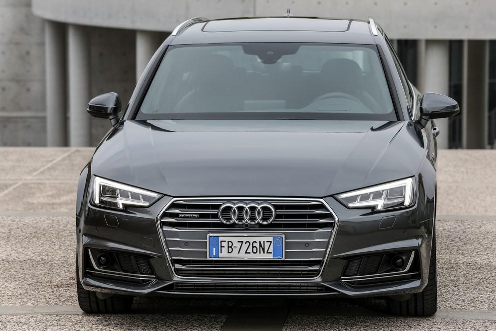 Audi A4 e A4 Avant 2016 prova su strada, prezzi e dotazioni di serie - Foto 58 di 58