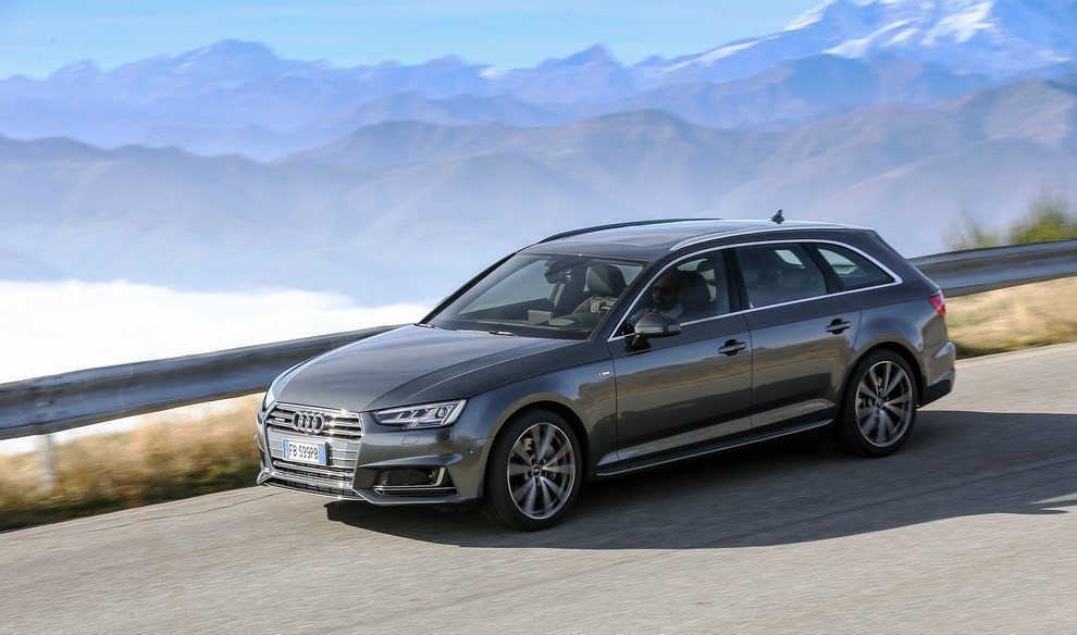 Audi A4 e A4 Avant 2016 prova su strada, prezzi e dotazioni di serie - Foto 15 di 58