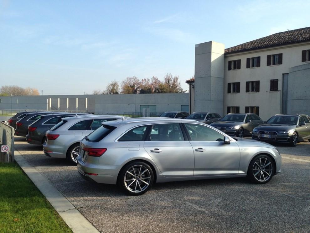 Audi A4 e A4 Avant 2016 prova su strada, prezzi e dotazioni di serie - Foto 3 di 58