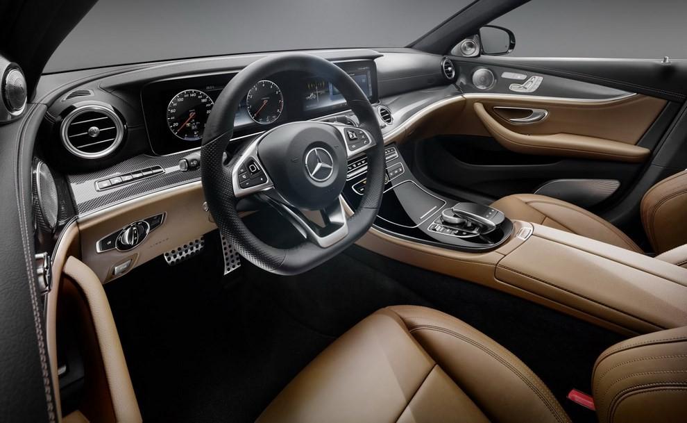 Nuova Mercedes Classe E, gli interni - Foto 1 di 18