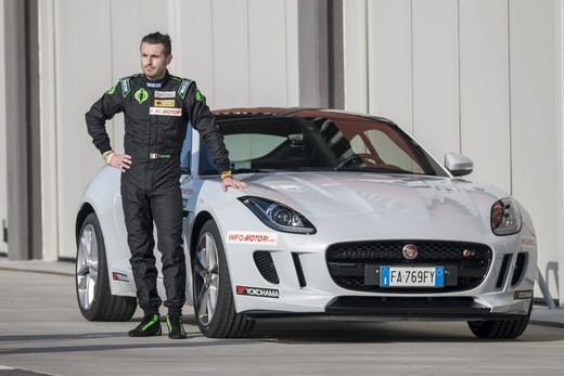 Jaguar F-Type S 3.0 AWD provata in pista con Tommy Maino