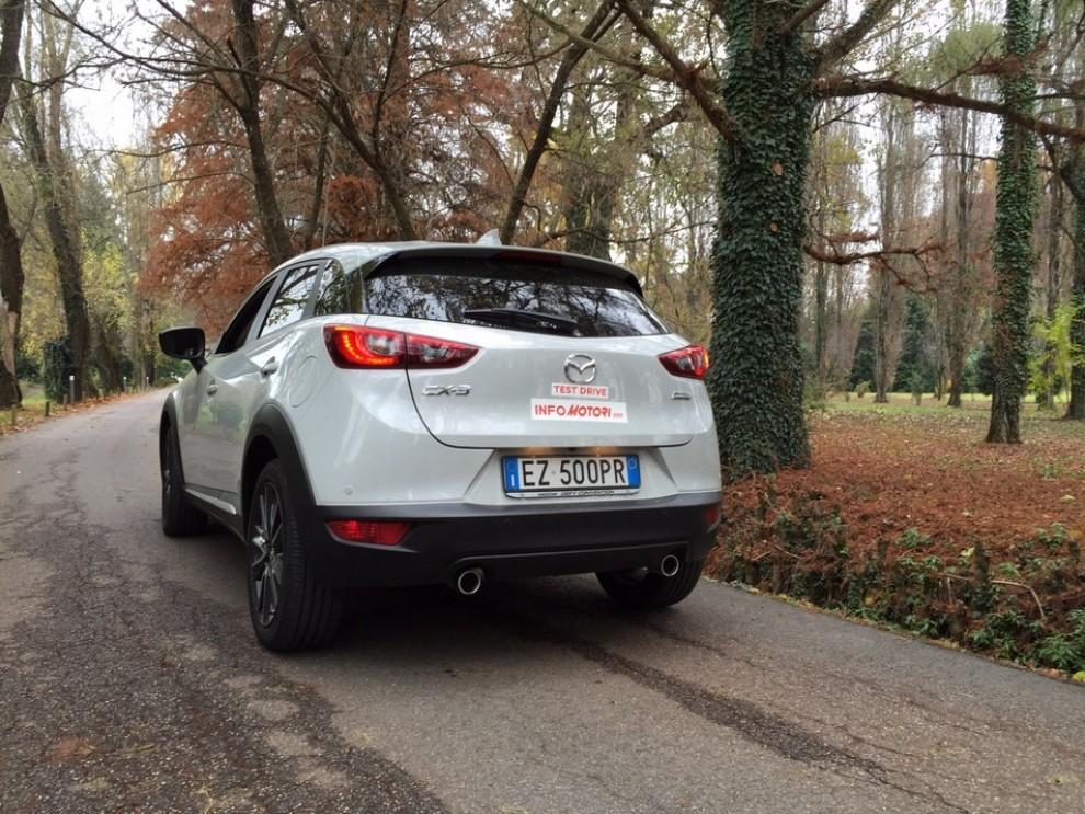 Mazda CX-3 1.5 Diesel prova su strada e prezzi  - Foto 6 di 19