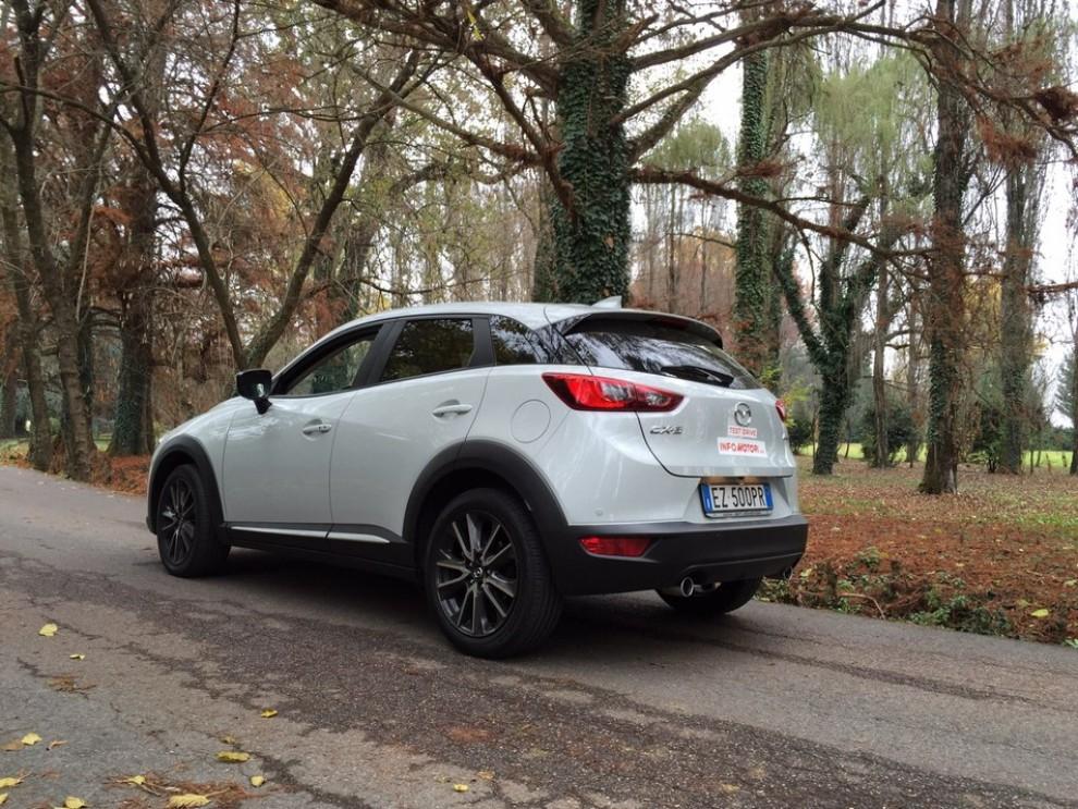 Mazda CX-3 1.5 Diesel prova su strada e prezzi  - Foto 7 di 19