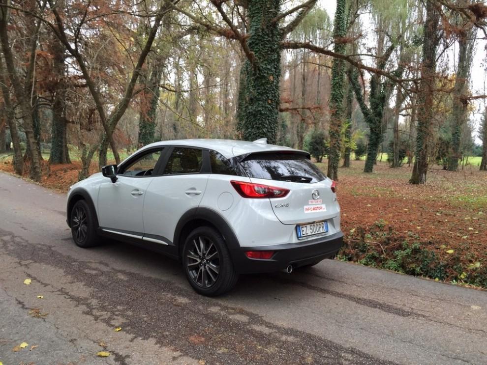 Mazda CX-3 1.5 Diesel prova su strada e prezzi  - Foto 8 di 19