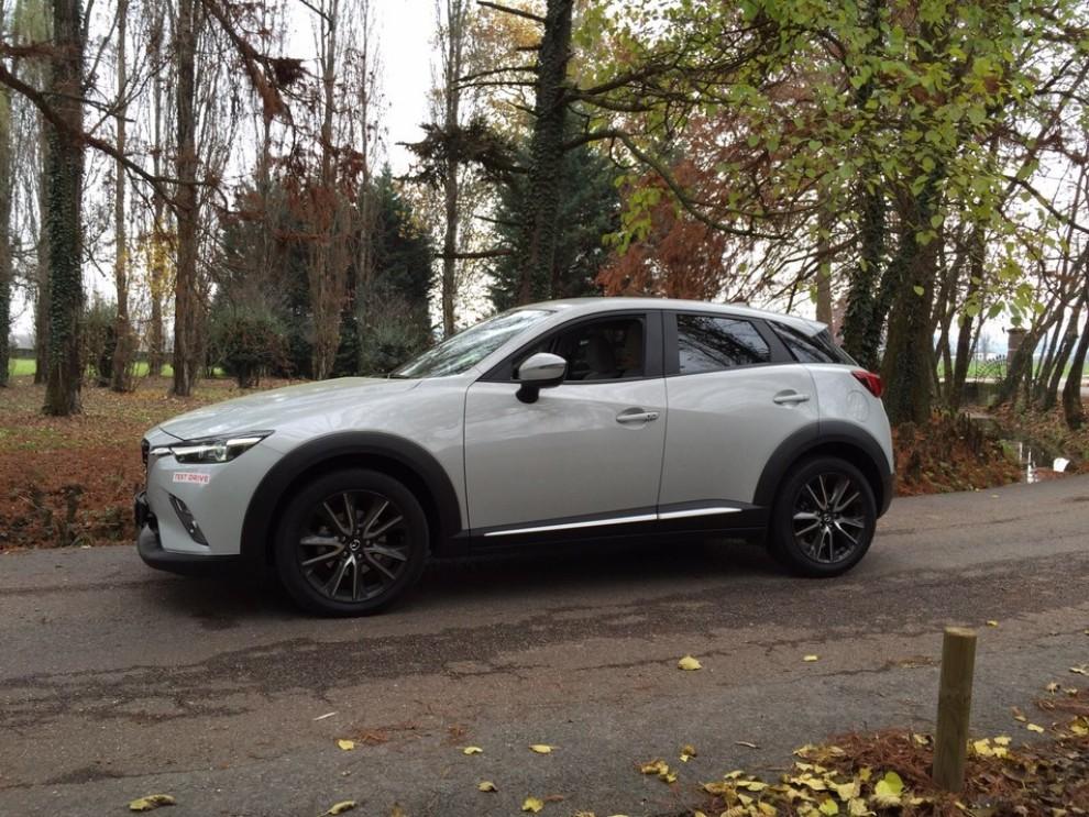 Mazda CX-3 1.5 Diesel prova su strada e prezzi  - Foto 9 di 19