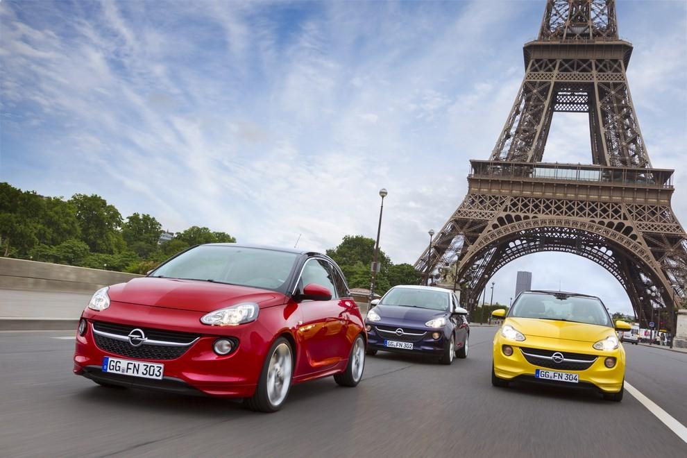 Opel Adam con IntelliLink R4.0 e l'innovativo Opel On-Star - Foto 1 di 14