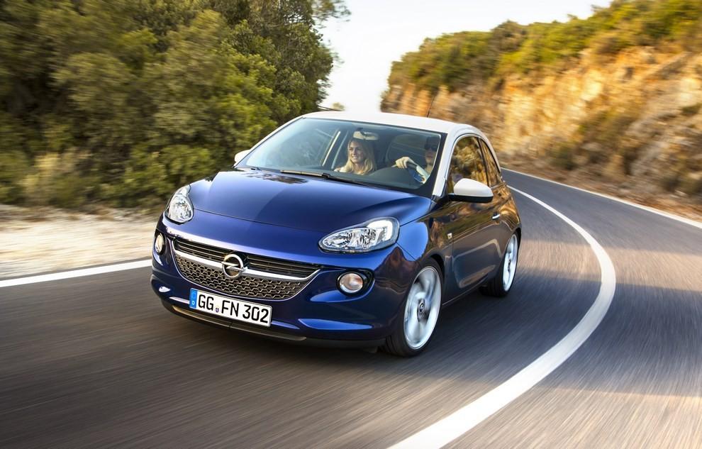 Opel Adam con IntelliLink R4.0 e l'innovativo Opel On-Star - Foto 4 di 14