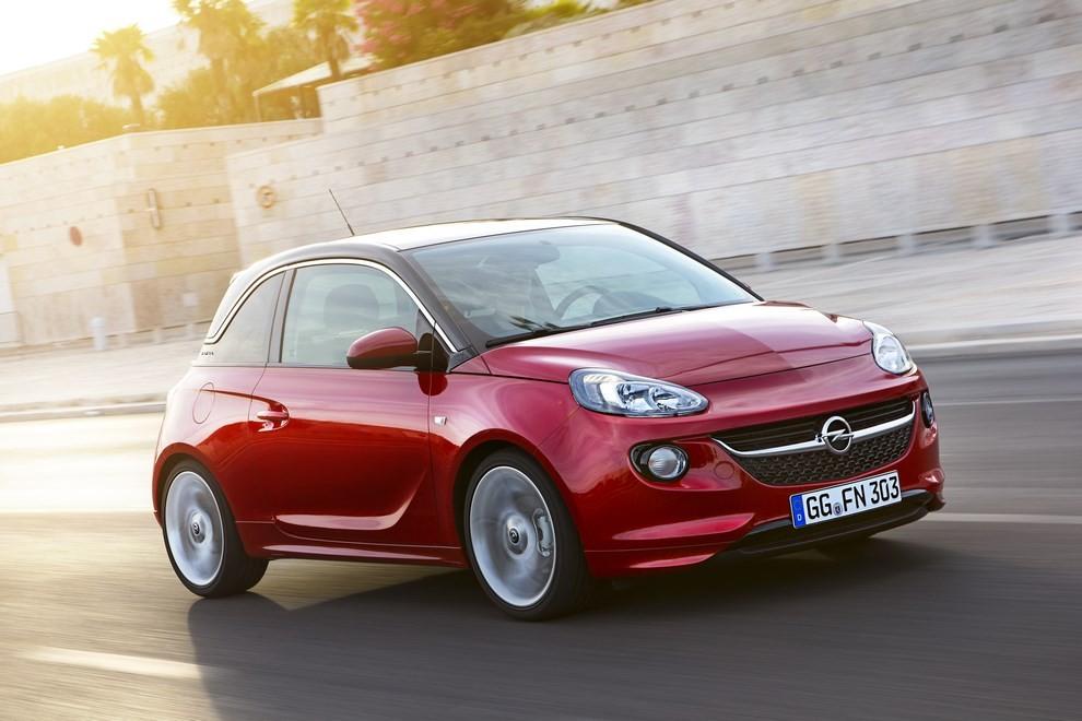 Opel Adam con IntelliLink R4.0 e l'innovativo Opel On-Star - Foto 8 di 14