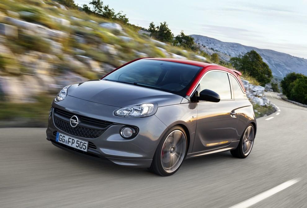 Opel Adam con IntelliLink R4.0 e l'innovativo Opel On-Star - Foto 13 di 14