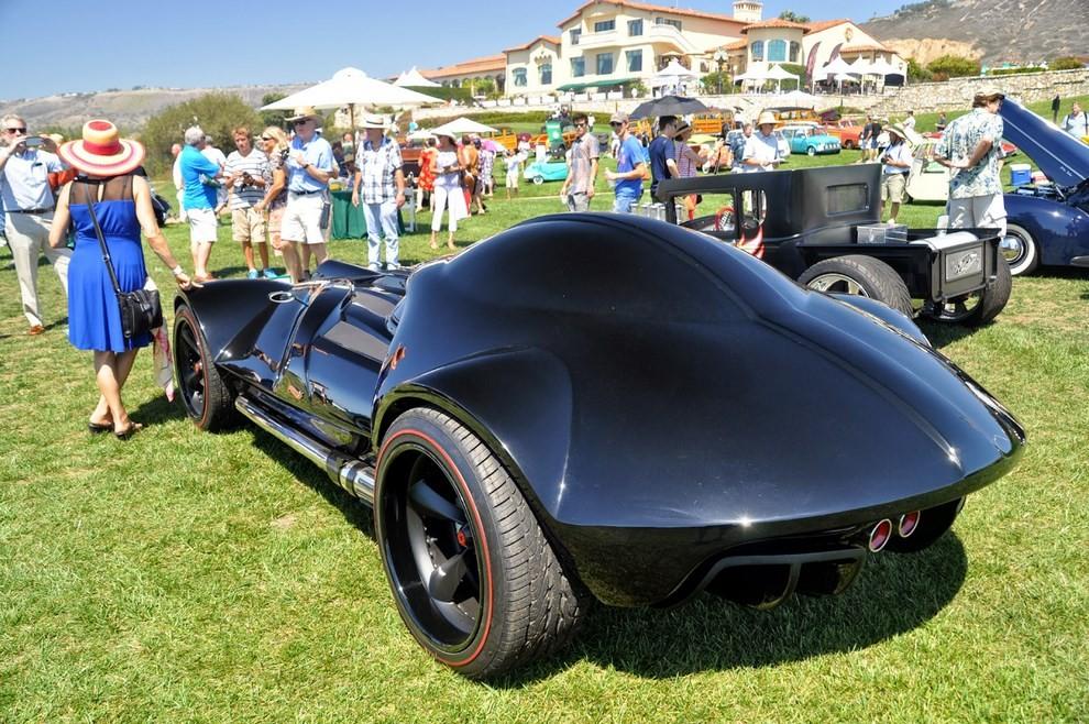 """""""Darth Car"""": l'auto ispirata a Darth Vader di Star Wars - Foto 2 di 7"""