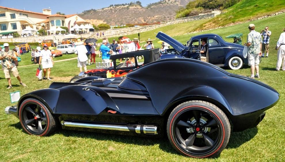 """""""Darth Car"""": l'auto ispirata a Darth Vader di Star Wars - Foto 6 di 7"""