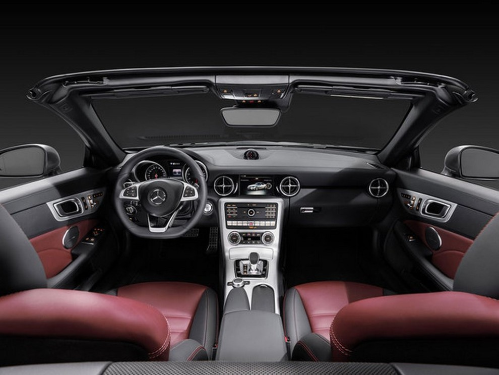 Nuova Mercedes SLC 2016 - Foto 4 di 19