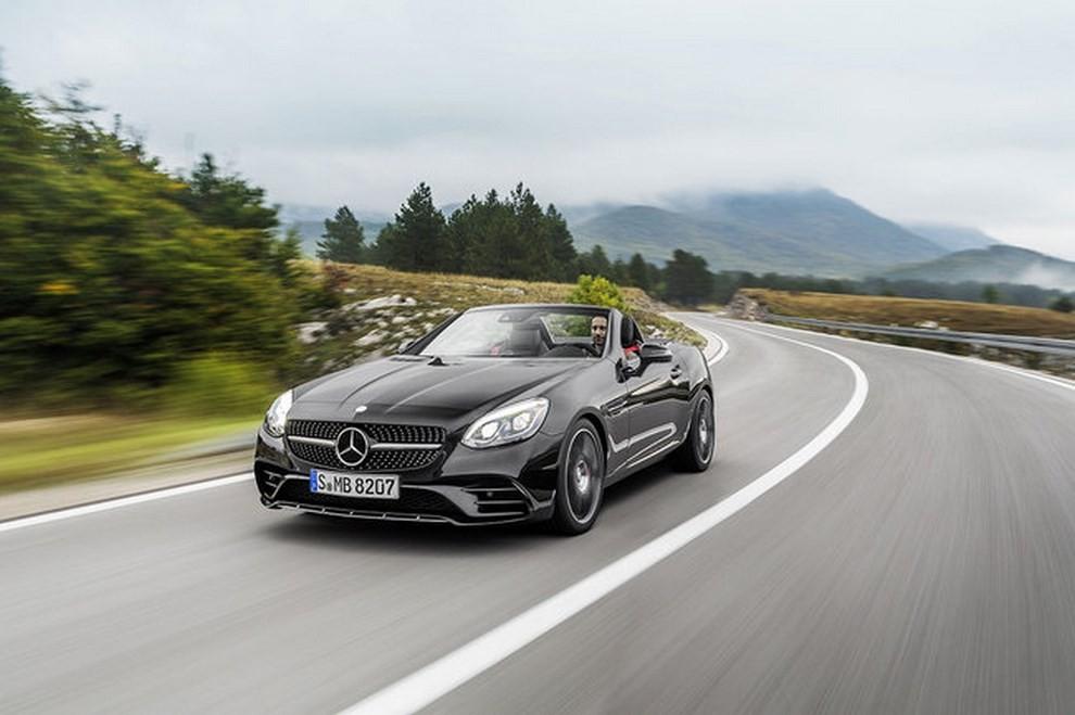 Nuova Mercedes SLC 2016 - Foto 18 di 19