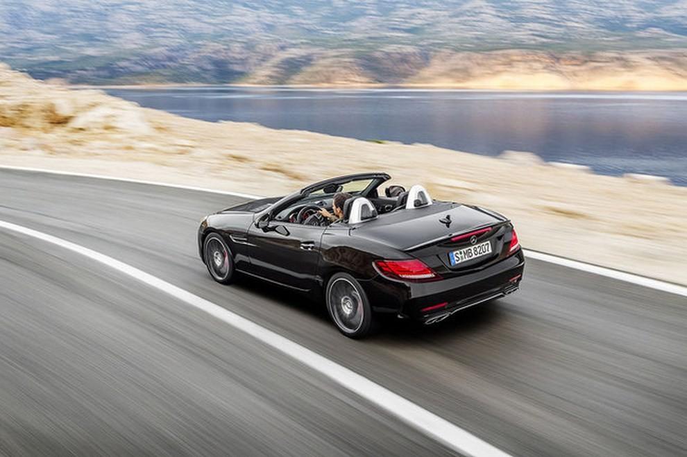 Nuova Mercedes SLC 2016 - Foto 2 di 19