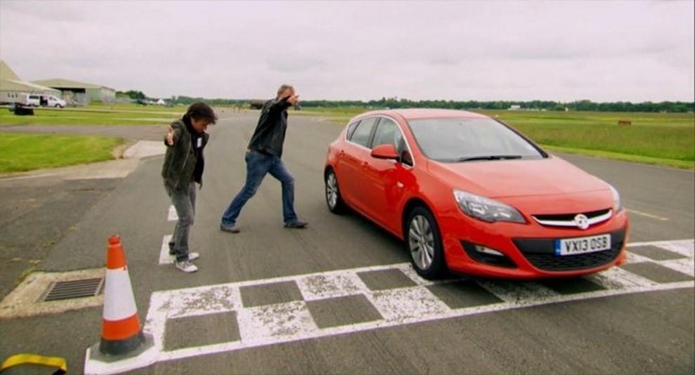 Top Gear mette all'asta la Opel Astra utilizzata dai VIP - Foto 4 di 5
